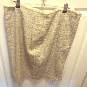 Black and beige speckled pencil skirt